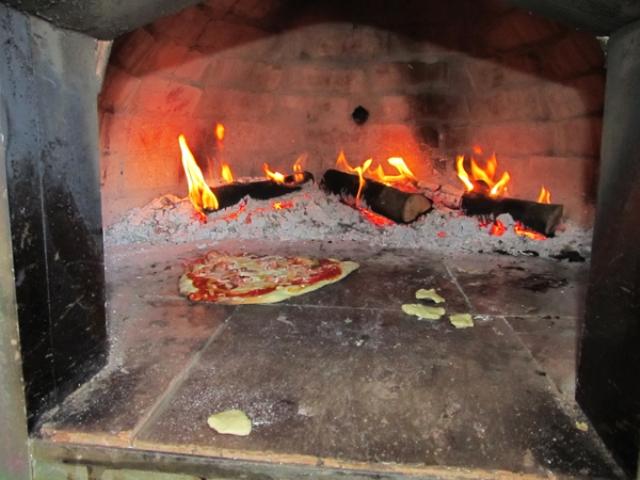 Houtoven, Pizza oven 80 cm met schoorsteen UITVERKOCHT