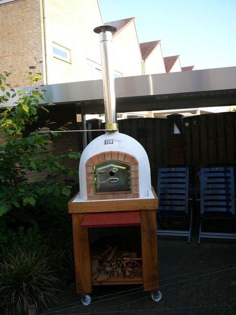 Houtoven, Pizza oven 80 cm met schoorsteen