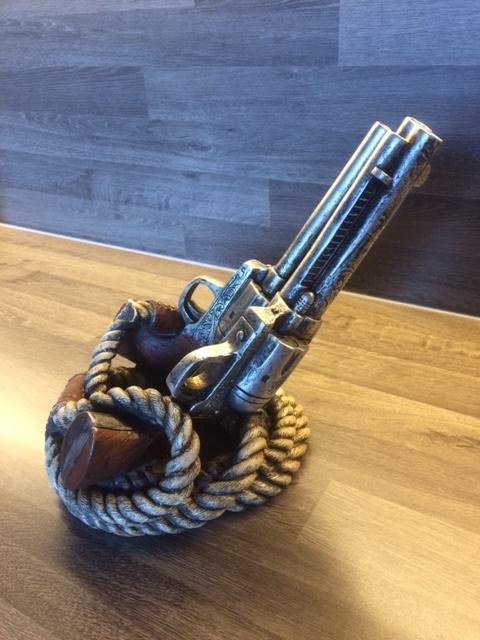 Kunststof wijnfleshouder touw & 2 revolvers