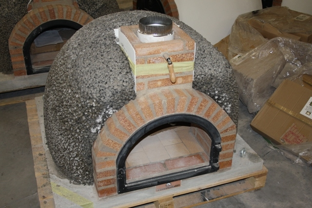 Pizzaoven Traditional brick 130/90cm leverbaar in 3 kleuren