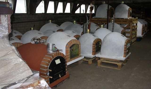 Voorraad pizza ovens Barteljo kwaliteit geïsoleerd